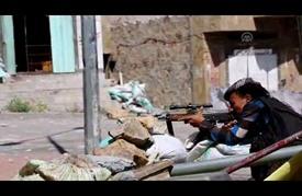 """معارك """"ضارية"""" في تعز مع بدء عملية لاستعادتها من """"الحوثيين"""""""