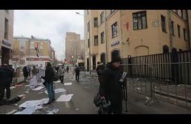 متظاهرون روس يعتدون على سفارة تركيا في موسكو