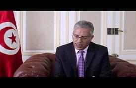 محافظ تونسي يقنع مواطنا بالتراجع عن تفجير نفسه