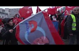 آلاف الأتراك يتظاهرون في برلين وبروكسل دعما للديمقراطية