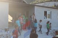 التعليم بمخيمات سوريا.. مدارس بدون كتب وتلاميذ تحت القصف