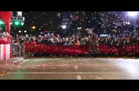 """مسيرة كرنفالية في """"مهرجان الأضواء"""" بشيكاغو"""