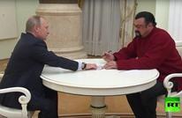 بوتين يمنح الجنسية الروسية لأحد أفشل ممثلي أمريكا (فيديو)