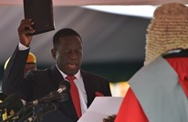 منانغاغوا يؤدي اليمين رئيسا لزيمبابوي في حفل حضره الآلاف
