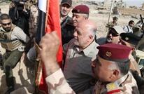 العبادي يصل القائم ويرفع العلم العراقي فوق منفذ حدودي