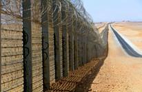 بارتفاع 10 طوابق.. إسرائيل تبني جدارا على حدود الأردن (شاهد)