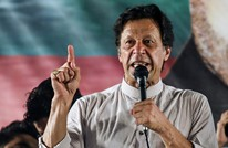"""عمران خان يدعو لمحاربة """"الإسلاموفوبيا"""" وينتقد سلوك ماكرون"""