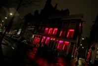"""أمستردام تدرس تحسين أوضاع """"المومسات"""" وتوسيع أعمالهن"""