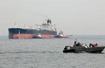 أمريكا تهدد بمعاقبة أي دولة تستورد النفط الإيراني
