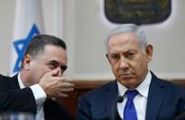 """وزير الاستخبارات الاسرائيلي """"يرقص"""" بالسيف في مسقط (شاهد)"""