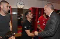"أردوغان يلتقي لاعبي منتخب بلاده بعد تأهلهم لـ""يورو 2020"""
