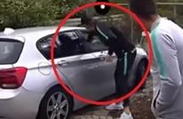 كريستيانو رونالدو يُحاول سرقة هاتف سيدة (شاهد)