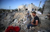 العدوان على غزة يغتال فرحة عروسين بتدمير منزلهما (شاهد)
