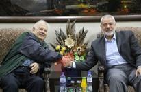 حاملا رد عباس.. رئيس لجنة الانتخابات يصل غزة ويلتقي الفصائل