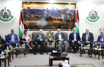 من جديد.. وفد لجنة الانتخابات يصل غزة ويجتمع مع الفصائل