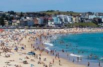 هروب جماعي إلى الشواطىء بعد ليلة ساخنة في أستراليا