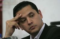 """عبد الرحمن يوسف: الدستور """"تحت أحذية الجيل الجديد"""""""