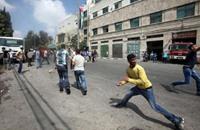 متظاهرون يهاجمون مركزا للشرطة في تونس