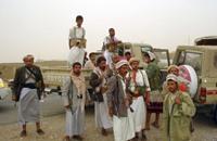 اليمن.. الجيش يتسلم مواقع عسكرية للحوثيين والسلفيين