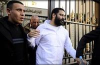 علاء عبد الفتاح ينقل لمستشفى السجن بعد شهرين من الإضراب