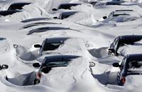 ملايين الأمريكيين في منازلهم بسبب العاصفة الثلجية