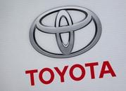 """""""تويوتا"""" تسعى لتطوير سيارات ذاتية القيادة"""