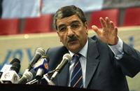 معارض جزائري يصف رئيسا راحلا بعميل لمخابرات مصر