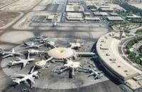 الضباب يتسبب في تعطل الرحلات الجوية بمطار أبو ظبي