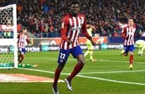 أتليتيكو يخطف صدارة الدوري الإسباني من برشلونة (فيديو)