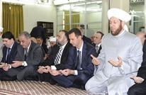 """حسون يترحم على """"بشار"""" بدل """"حافظ"""" أمام جنود جرحى (فيديو)"""