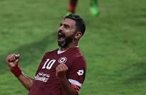 لبنان: عزل لاعب من ناد رياضي يهدد بأزمة طائفية (فيديو+صور)