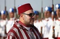 أزياء ملك المغرب خلال جولته الأفريقية تشعل التواصل (صور)