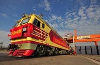 """قطار الصين ينطلق إلى لندن حاملا معه """"ذهبا"""" وأحلاما ومخاوف"""