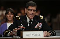 قائد القيادة المركزية الأمريكية في عدن.. هذا ما بحثه