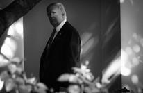 """مقال بنيويورك تايمز: جميع من حول ترامب يرونه """"غبيا"""""""
