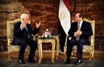 هكذا قرأ مختصون زيارة عباس لمصر في ظل الاحتقان مع حماس