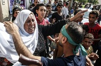 مؤثر.. أسير فلسطيني يعانق والدته بعد إطلاق سراحه