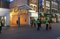 1500 شاب مسلم ينظفون شوارع بريطانيا بعد احتفالات رأس السنة