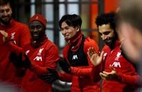 صلاح يقود لاعبي ليفربول لترديد أغنية مصرية (شاهد)