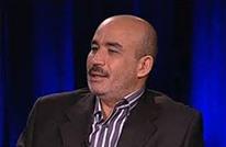 """زيتوت لـ """"عربي21"""": النظام الجزائري يتجه لدعم حفتر في ليبيا"""