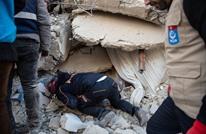 سوري ينقذ سيدة من أنقاض زلزال ألازيغ.. وإشادة تركية (شاهد)