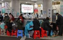 مروّع.. جثث ضحايا كورونا بالصين ملقاة بممرات المشافي (شاهد)