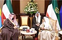 أمير الكويت يستقبل وزيرا سعوديا ويتسلم رسالة من الملك سلمان