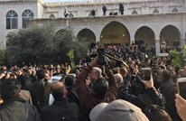 جماهير غفيرة تشيع جثمان حاتم علي في دمشق (شاهد)