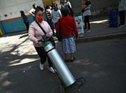 محتالون محترفون في المكسيك يبيعون لقاحات كورونا مزيفة
