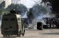 """الأمن المصري يقتحم """"الأزهر"""" ويطلق الغاز والخرطوش"""