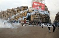 الامن المصري يلاحق المتظاهرين في شوارع القاهرة