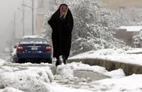 الأمن الأردني يدعو المواطنين إلى عدم الخروج من منازلهم