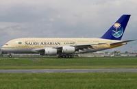 عودة طائرة سعودية إلى القاهرة لعطل أصابها بعد الإقلاع