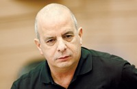 مهندس الإغتيالات إلى قيادة معسكر السلام الإسرائيلي